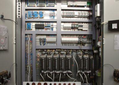 Шкаф с ЭПТ-2 и Маяк-ВВ