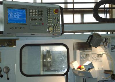 Рабочее место оператора станка ST-400